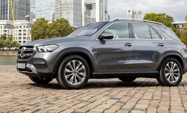 Daimler se pregătește pentru costuri mai mari cu motoarele diesel de la Mercedes
