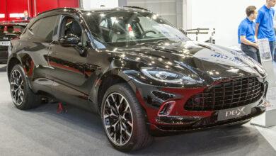 """Photo of SUV-ul celor de la Aston Martin este legat de """"rugăciunea chineză"""""""